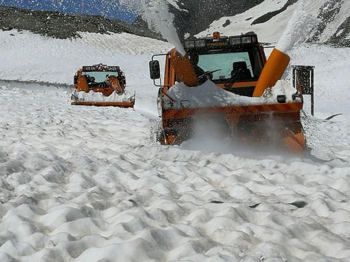 Prima nevicata al Nivolet, chiusa temporaneamente la Sp. 50