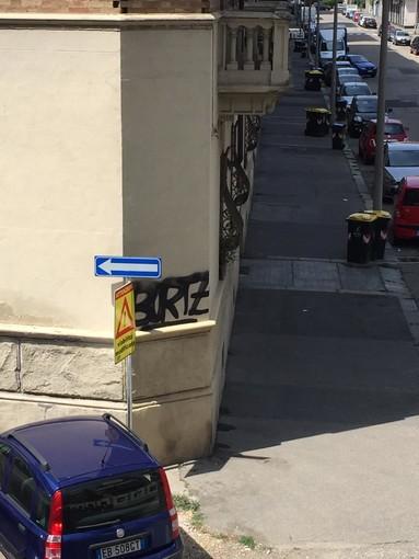 In corso i lavori per istituire il senso unico in via Buenos Aires