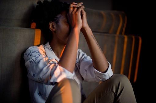 Come lo stress influisce sulla pressione sanguigna