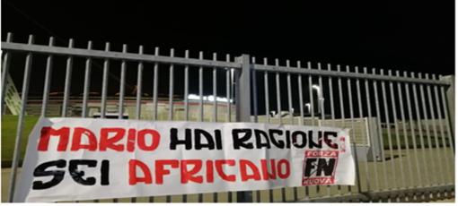 Denunciato il coordinatore regionale di Forza Nuova per frasi razziste nei confronti di Balotelli