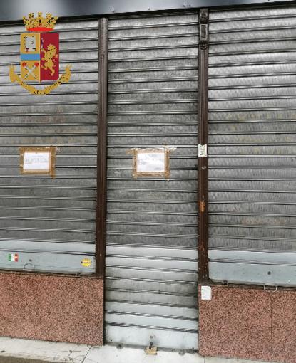 Il personale non indossa mascherina e guanti: chiuso un supermarket in via Nizza