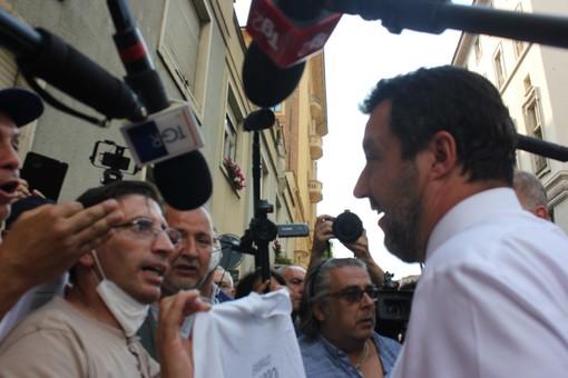 """L'appello degli ex Embraco a Salvini: """"Aiutaci"""". Il leader della Lega: """"Giovedì incontro a Roma, ci proviamo"""" [VIDEO]"""