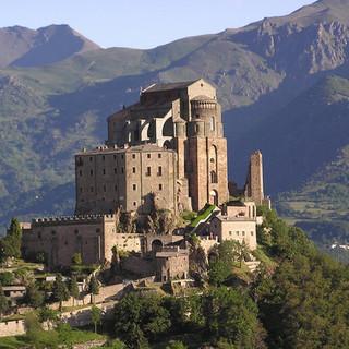 Per il National Geographic la Sacra di San Michele è tra i 22 luoghi sacri più suggestivi d'Europa