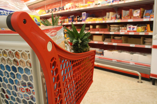 In Circoscrizione 4 la lista dei negozi di alimentari aperti ad agosto