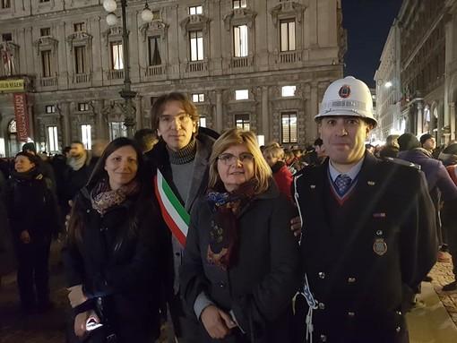 Nichelino presente ieri sera a Milano alla manifestazione di solidarietà per Liliana Segre