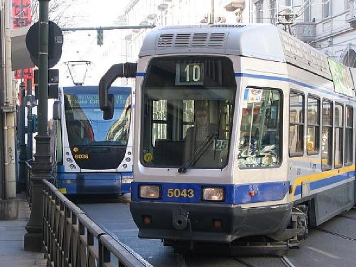 Tram più veloci e 44 fermate in meno: a Torino al via la rivoluzione del trasporto pubblico
