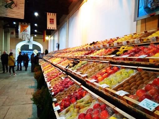 """Coldiretti Piemonte: """"Incentivare il consumo di frutta Made in Piemonte invece di tassare il gasolio agricolo"""""""