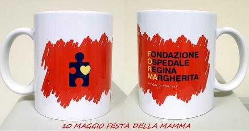 """Festa della Mamma, una tazza """"griffata"""" per sostenere il Regina Margherita"""