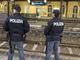 Evade dai domiciliari: ritrovato dalla polizia a bordo del treno Torino-Ventimiglia