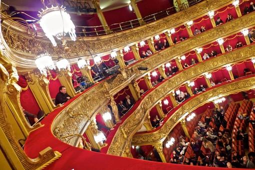 In mostra al Teatro Carignano le fotografie di Guido Guidi con artisti emergenti