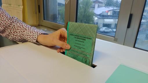 """Nel modulo per lo spostamento va indicato """"Situazione di necessità - voto Assemblea Nazionale Bulgaria - 4 aprile 2021"""""""