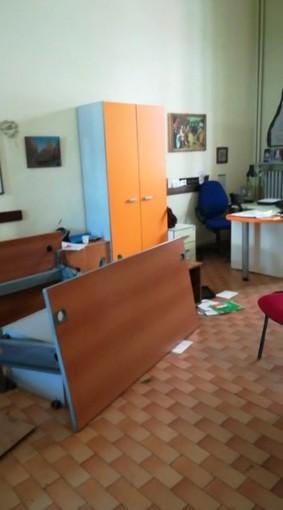 Torino: vuole vedere la figlia, devasta il centro civico di via Ormea (VIDEO)