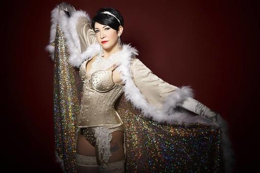 """Seduzione e ironia, così ogni donna si racconta sul palco"": all'Amazing Flamingo Cabaret&Burlesque Torino Festival"