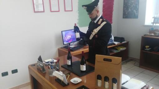 Spacciavano per vino di alta qualità le bottiglie da supermercato: un arresto per truffa