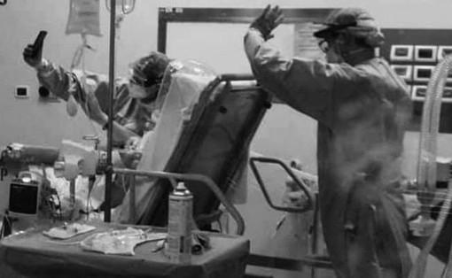 Coronavirus: i medici di Torino aiutano malati in isolamento con le videochiamate