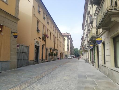 """""""Inaugurazione via Monferrato: la vie en rose"""" a Torino"""