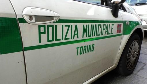 Taxi abusivo, la municipale sequestra il veicolo e sanziona il conducente