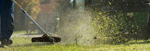 Taglia erba in azione