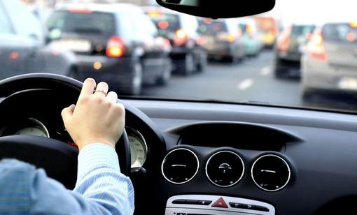 """Rinunci all'auto? Il Comune ti paga. Al via il progetto Maas: """"Siamo i primi in Italia a metterlo in pratica"""""""
