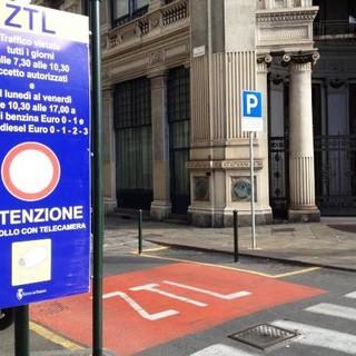 """Ztl, nel centro di Torino il 33% dei transiti durano meno di 30 minuti: """"Vogliamo abbattere quel traffico"""""""